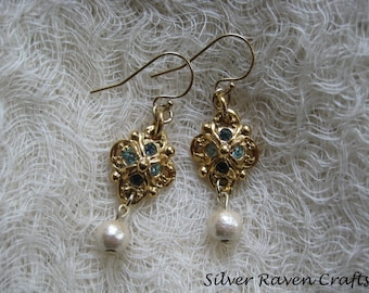 Earrings of Gold plated parts and cotton pearl B