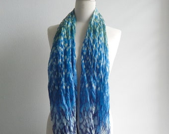 Loose pleats tie-dyed silk - blue shade 116