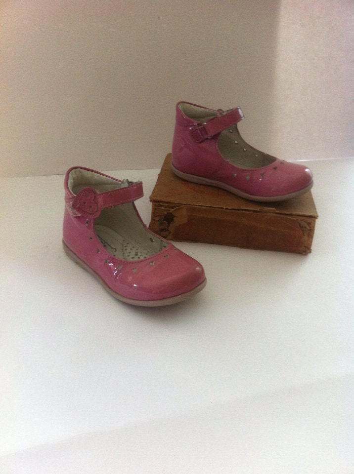 vintage pink shoes shoes pink shoes toddler