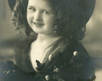 Vintage European postcard of a girl  (135)