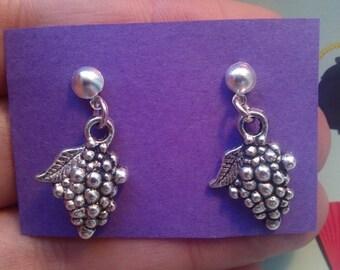 Bunch of grape earrings