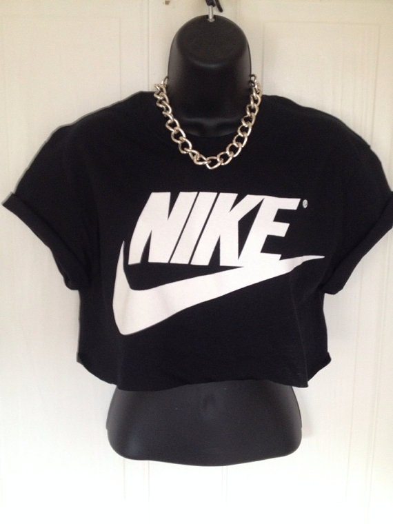 unisex customised nike crop top t shirt top by. Black Bedroom Furniture Sets. Home Design Ideas