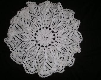 Baby blanket crochet white circular