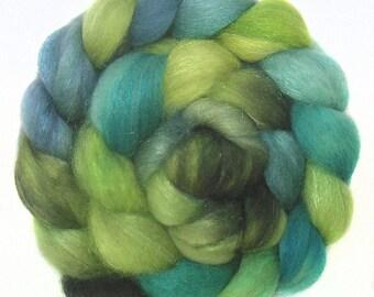 SPARKLY SUPERWASH BFL roving top handdyed wool spinning fiber 3.1 oz