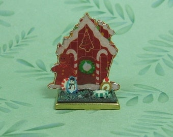 Dollhouse Miniature Gingerbread House Holiday Decoration