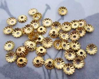 100 pcs. gold tone corrugated ridged flower bead caps 5mm - f4798