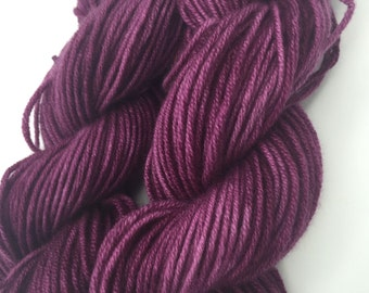 Cashmere Yarn, Aran weight, Blackcurrant