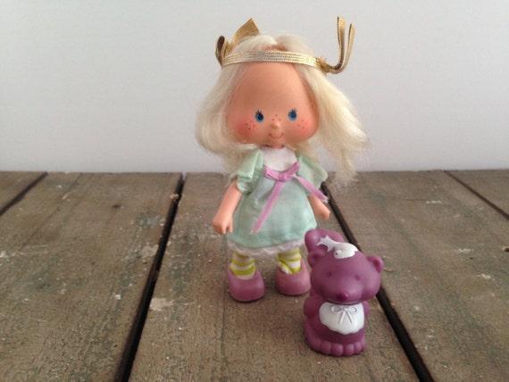 Available on eBay! | Strawberry shortcake doll, Angel cake
