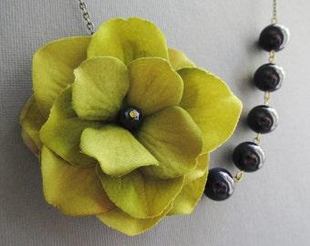 Statement Necklace,Green Fabric Flower Necklace,Bridesmaid Jewelry Set,Navy Blue Jewelry,Bib Necklace,Navy Blue Necklace,Green Necklace,Gift