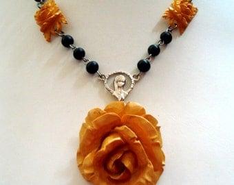 Carved Butterscotch Bakelite Roses with Wood Rosary Chains,Pendant Necklace