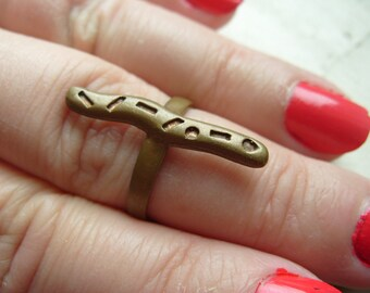 FREE SHIPPING Vintage Brass Band Unisex Industrial Ring Size 8