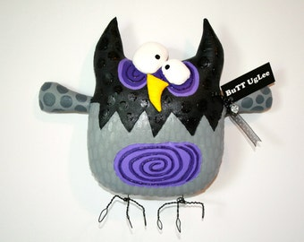 BuTT UgLee ... WhiMsiCaL WaLL ArT ... Owl NaMeD RaDaR ... BLacK GreY and Passion Purple