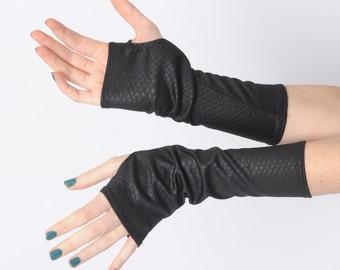 Black shiny arm warmers, Shiny black fingerless gloves, Jersey fingerless gloves, Shiny black wrist warmers, Shiny black armwarmers