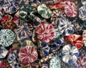 "Homespun Fabric Flowers Appliques Country Primitive Prim Penny Rug 40 Pinwheel 1"" Button Scrapbook Embellishment Bobby Pin Trim"