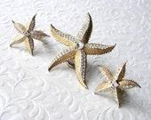 WEISS Rhinestone Starfish Demi Parure Brooch Clip Earrings Beach Wedding Bohemian Chic Bride Gold Tone Bridal Jewelry Accessory Matching Set