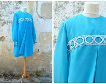 Vintage 1960/60s  turquoise 2 layers mod cocktail dress adorned with large silver trim / size S