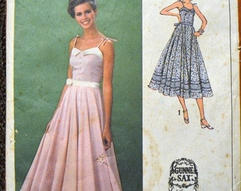 Vintage 70's Sewing Pattern Simplicity 9008 Gunne Sax Misses' Evening Dress Size 10 Bust 32.5 Complete