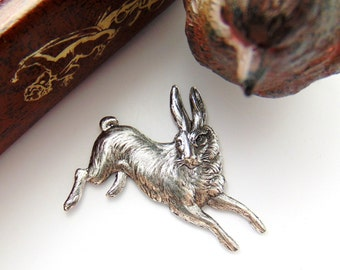 SILVER Vintage RABBIT Stamping  - Jewelry Ornament Antique Silver Findings (CA-3035) #