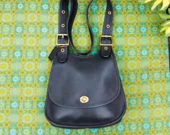Vintage Coach Black Leather Messenger Crossbody Crescent Berkeley Saddle Shoulder Crossbody Bag Purse 0616161