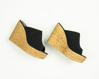 70s Vintage Black Suede Peep Toe Platform Wedge Slide Sandal Heels / Size US 6 / EURO 37