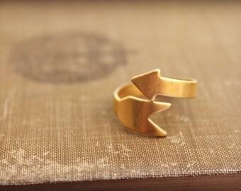 Vintage brass arrow ring