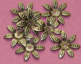 50 pcs Antiqued brass finish filigree flower bead cap 17mm, antique brass plated iron flower beadcap, bronze flower beadcap
