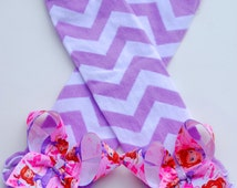 boutique PRINCESS SOFIA leg warmers with attached bows and ruffles