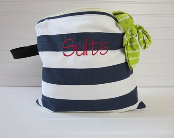 Personalized Gift for Mom -  Bikini Bag, Small Swim Suit Bag, Beach Wet Bag, Surfing Wet Bag, Bikini Wet Bag, Monogram Wet Bag