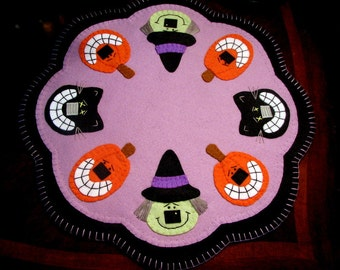 Hand Stitched HALLOWEEN Penny Rug - Candle Mat - Wool Felt - Primitive - Folk Art - Witch - Black Cat - Pumpkin Jacks - Halloween Decor