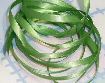 BUD GREEN DouBLe FaCeD SaTiN RiBBoN, Polyester 1/4 inch wide, 5 Yards