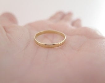 Gold Wedding Band, 18kt Yellow Gold ring, 2mm, Engagement ring, Wedding ring, 18kt wedding ring, gold ring, polished finish, Made to Order.