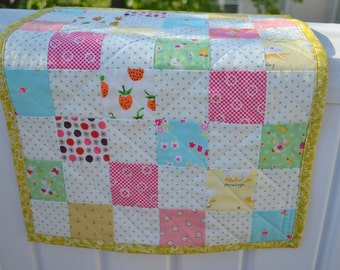 Cottage Style Quilted Table Runner Floral Table Mat Cottage Dresser Mat Floral Table Topper Cottage Quilt Patchwork Runner Cottage Runner