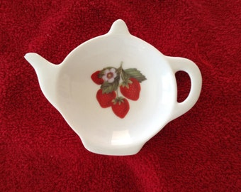 Ceramic Teabag Holder Strawberries 4.5""
