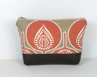 Cosmetic Bag / Floral Pouch / Personal Organizer / Summer Travel Bag