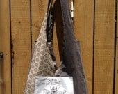 Queen Bee Pocket on Cream and Gray Two Sided Hip Bag Diaper Tote