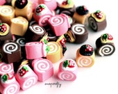 9pc mini cake rolls / miniature resin sweet / kawaii food cabochons / diy kandi deco jewelry cute cell phone decoden / flat back cabs
