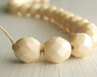 25 Antiqued Champagne Luster Faceted 8mm Rounds - Czech Glass Beads