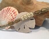Detailed Gold and White Beaded Hemp Macrame Anklet