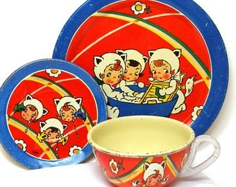 1940s KITTENS tin toy tea setting with Girls as Kittens graphics.