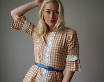 1960s Cream & Cocoa Gingham Dress~Size Extra Small to Small