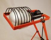 ARTEMIDE Table LAMP Orange metal enamel by E GISMONDI Italy1975 Adjustable 24 in tall great conditionmoderne