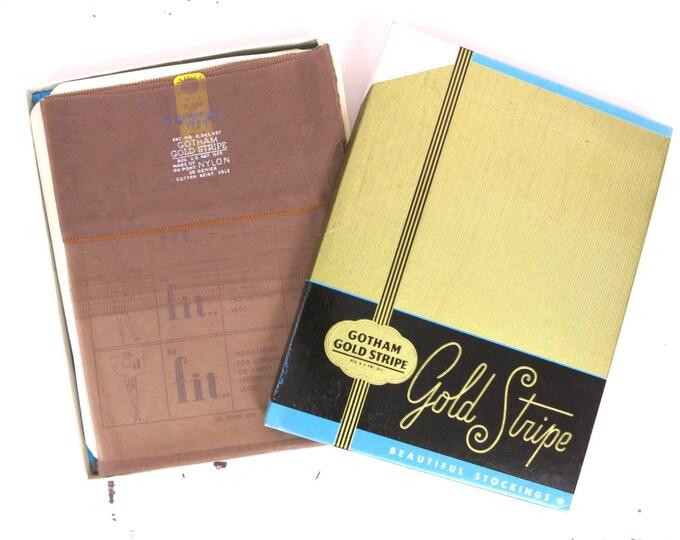 Vintage Nylon Stockings - 1940s Seamed Gotham Gold Stripe Stockings 2pr Size 10.5 (Large) - Seamed Stockings