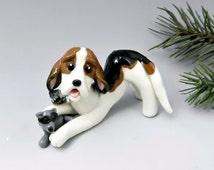 Treeing walker coonhound christmas ornament figurine raccoon porcelain