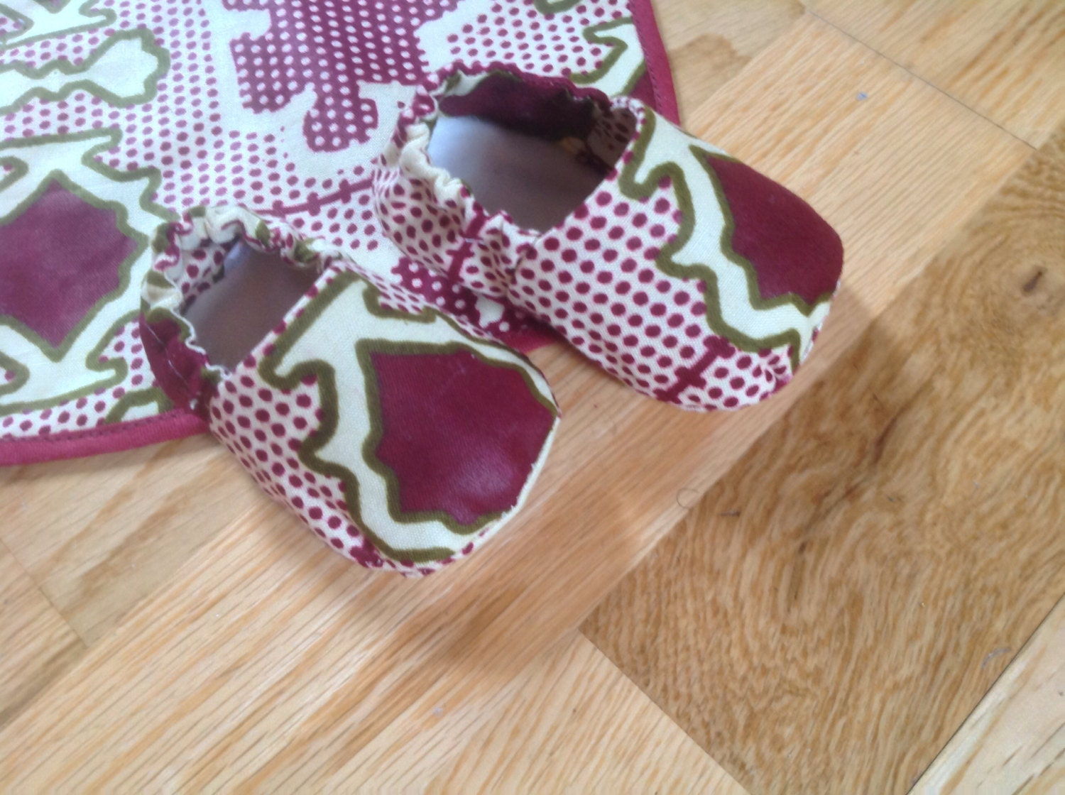 Baby Gift Sets South Africa : African print baby s booties crib shoes and bib gift