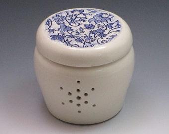 Blue Paisley Garlic Jar / garlic keeper