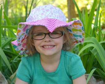 Wide brim baby sun hat, cute and colorful with kitties and Paris theme, pink sun protection