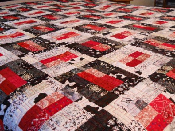 king size quilt black white red quilt king bed quilt. Black Bedroom Furniture Sets. Home Design Ideas