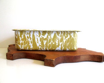 Golden Yellow Graniteware Vintage Enamelware Refrigerator Covered Dish Storage  Container