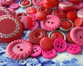 44 Vintage Hot Pink Red Plastic Sewing Buttons Instant Collection Bulk Lot Round Buttons Red Buttons
