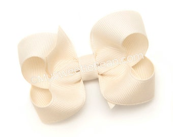 Ivory Hair Bow, 3 Inch Boutique Bow, Grosgrain Bow for Baby, Toddler Hair Bow, Girls Hair Bow, Christening Bow, Baptism, Wedding Flower Girl